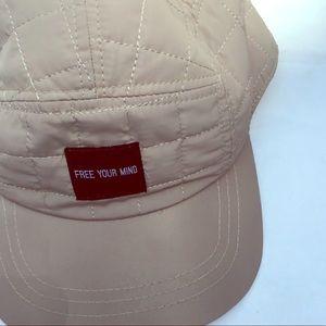 🔵NWOT Khaki Free Your Mind  Hat